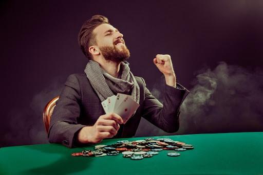 glad pokerspelare